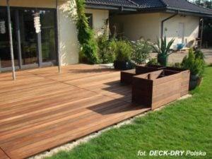 Tarasy ogrodowe drewniane