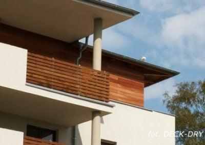 Deska elewacyjna - zdjęcia balkonu i elewacji