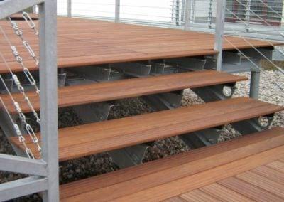 Deska Tarasowa na schodach drewnianych