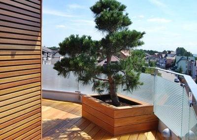 Pochwyt balustrady na tarasie drewnianym