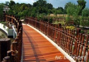 Zdjęcie Ogrodu ścieżka tarasowa
