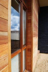 Okno i elewacja z drewna