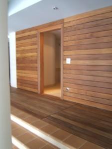 Elewacje z desek w saunie zdjęcie ściany