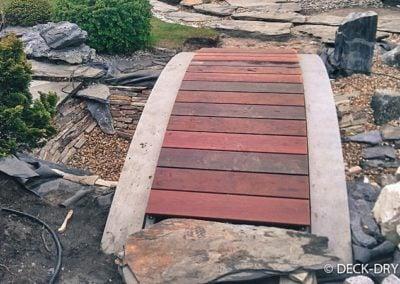 Deski Tarasowe na kładce stawu - pomorskie