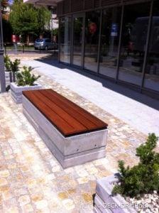 ławki parkowe z deski tarasowej