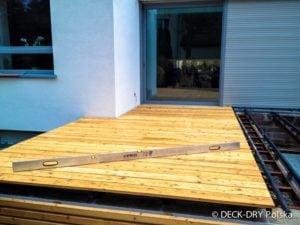 Montaż Deski podłogowej z drewna egzotycznego Deck-Dry Poznań