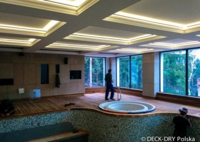 Podest Drewniany - basen w Hotelu Deck-Dry Warszawa