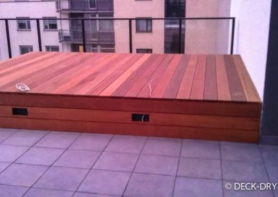 Skrzynia z Drewna Podest konstrukcja Deck-Dry