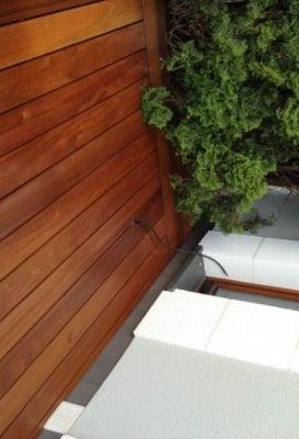 deska tarasowa w ogrodzie
