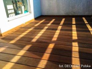 adaptacje tarasu drewnianego na balkonie w gdyni