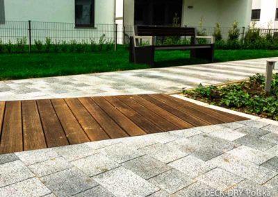 drewniany-taras-deska-termowana-kamienice-2
