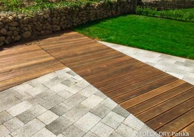 drewniany-taras-deska-termowana-kamienice-6