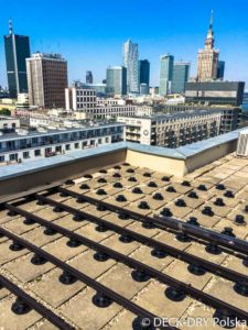 taras na dachu na wspornikach